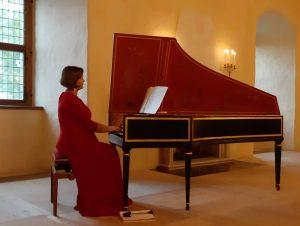Klavesīnistes Ievas Salietes koncerts Bauskas pilī – ar cerību uz visu labo